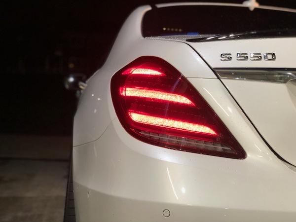 メルセデスベンツ W222 S550 社外後期テール カミングホームファンクション付き取付!!(#^^#)